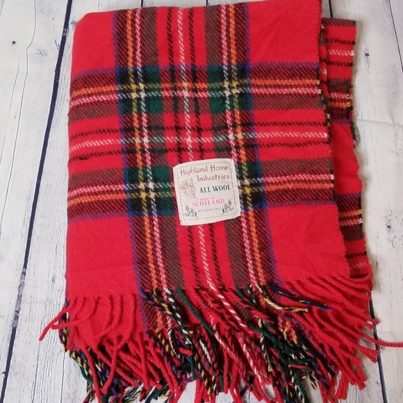 Highland Home Industries Other - Highland Home Industries all wool plaid blanket